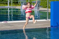 Plavací vesta s rukávky SEVYLOR Puddle Jumper Deluxe - plaváček růžový - víla
