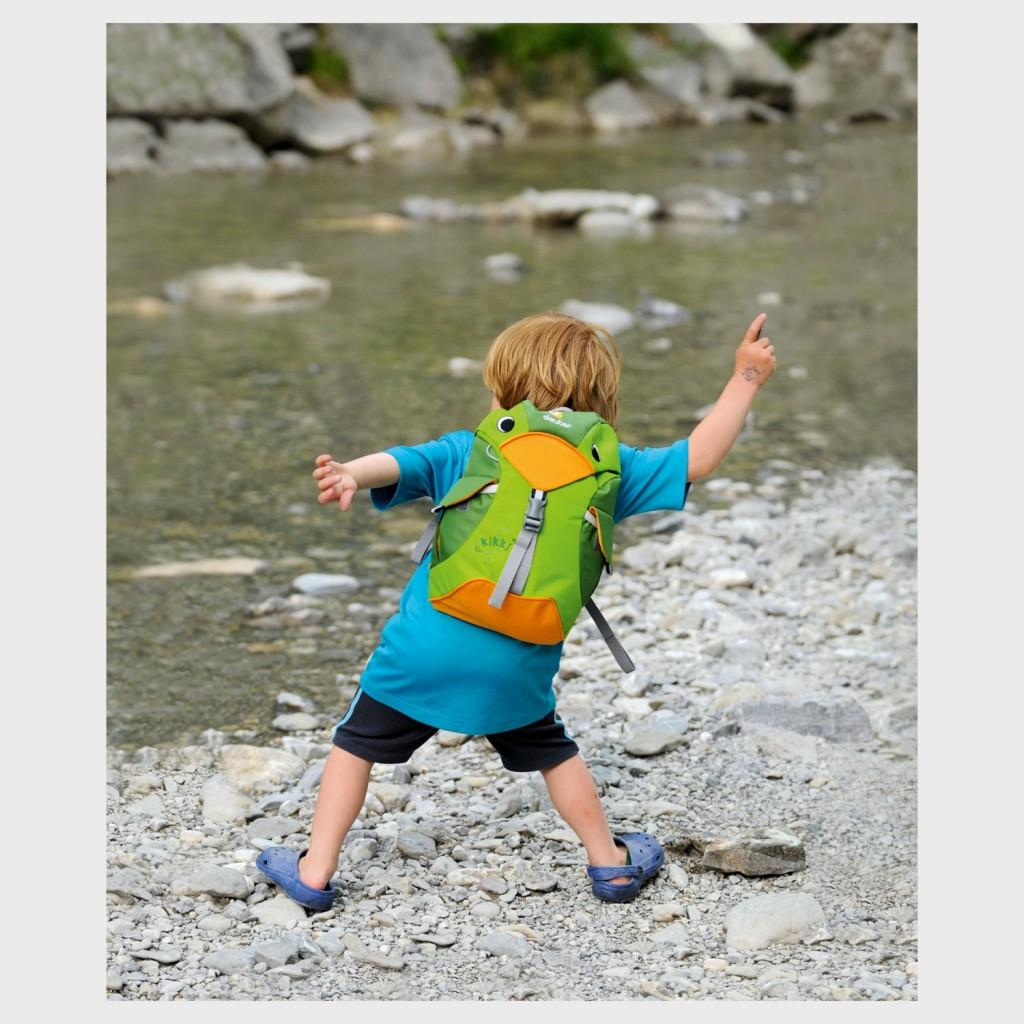 Dětský batoh DEUTER Kikki 6 l - kiwi emerald   Outdoor-a-sport.cz ... b22a65224d