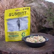 SUMMIT TO EAT Těstoviny s lososem a brokolicí